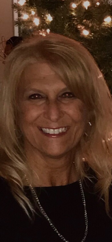 Picture of Suzanne Larson